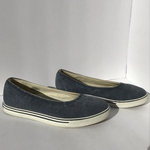 LL Bean Sunwashed Canvas Women's Slip-on Shoes
